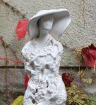 """Dama w kapeluszu """"koronkowa"""" 35cm"""