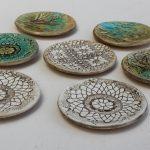 Małe ceramiczne miseczki